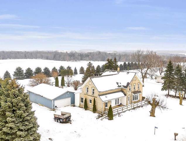 N3948 Hwy Ab, Luxemburg, WI 54217 (#50215245) :: Todd Wiese Homeselling System, Inc.