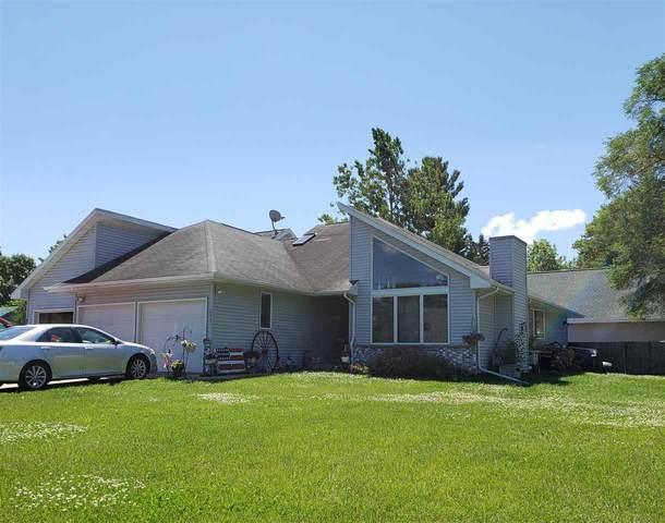 213 W Parker Street, Weyauwega, WI 54983 (#50215268) :: Todd Wiese Homeselling System, Inc.