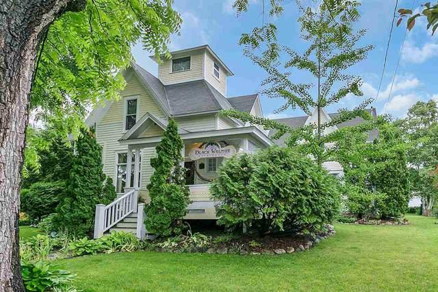 454 N 7TH Avenue, Sturgeon Bay, WI 54235 (#50215415) :: Todd Wiese Homeselling System, Inc.