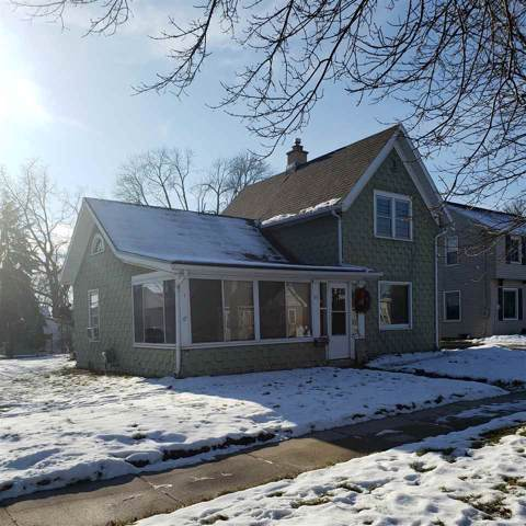 717 2ND Street, Menasha, WI 54952 (#50215485) :: Dallaire Realty