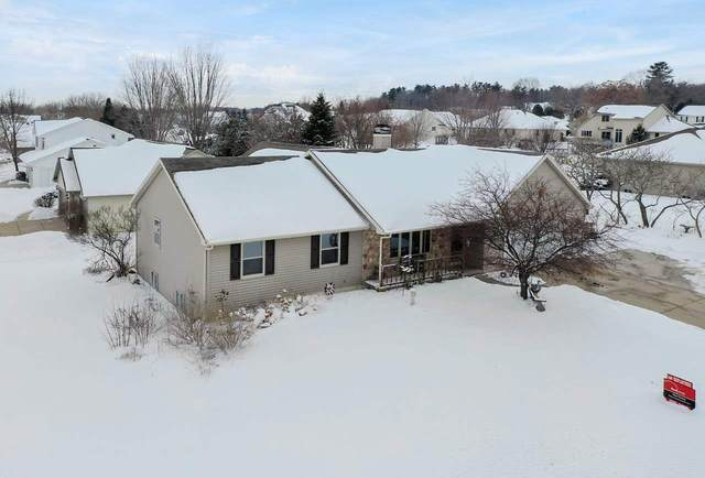 3127 Olde Hickory Trail, Green Bay, WI 54313 (#50215532) :: Todd Wiese Homeselling System, Inc.