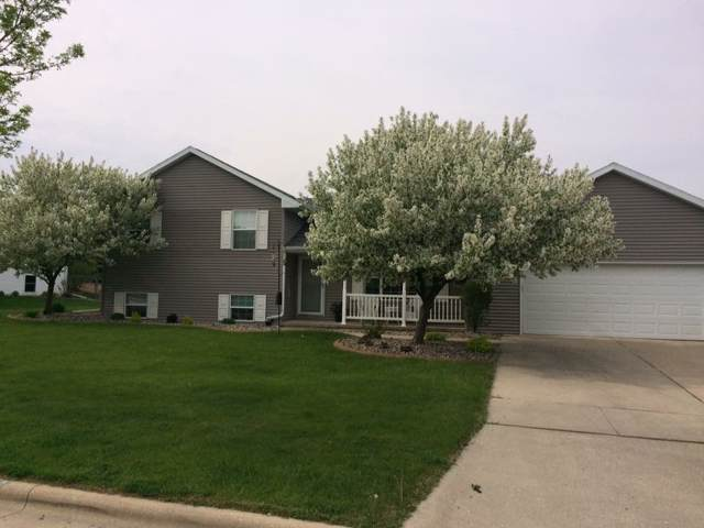 2816 Steamboat Springs Run, Green Bay, WI 54313 (#50215551) :: Symes Realty, LLC