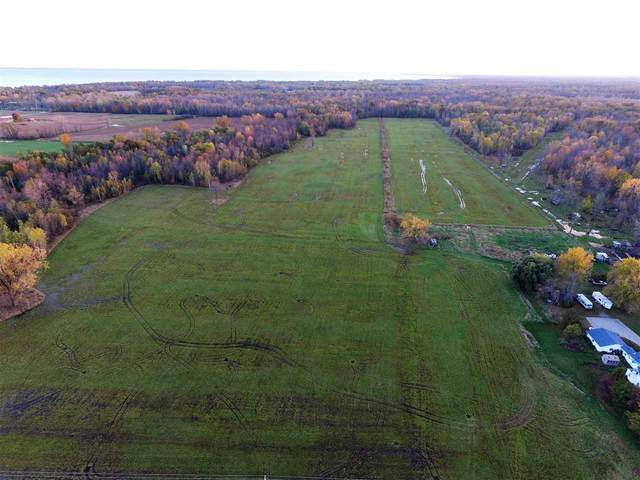 3895 Oak Orchard Road, Little Suamico, WI 54141 (#50215698) :: Symes Realty, LLC