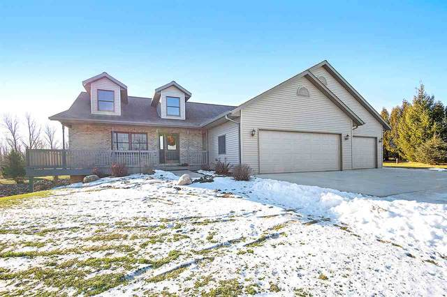 8635 Middle Road, Manitowoc, WI 54220 (#50215779) :: Symes Realty, LLC