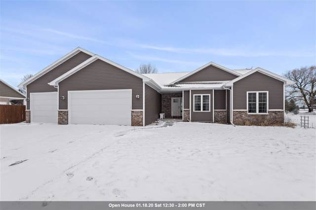 N2485 Chapel Hill Drive, Greenville, WI 54942 (#50215889) :: Todd Wiese Homeselling System, Inc.