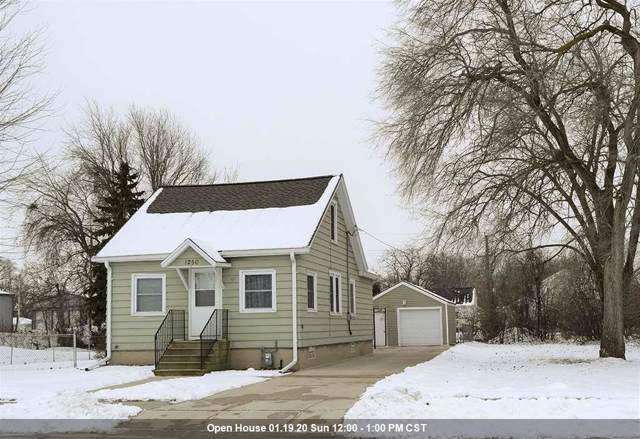 1250 Perrot Street, Green Bay, WI 54302 (#50216048) :: Todd Wiese Homeselling System, Inc.