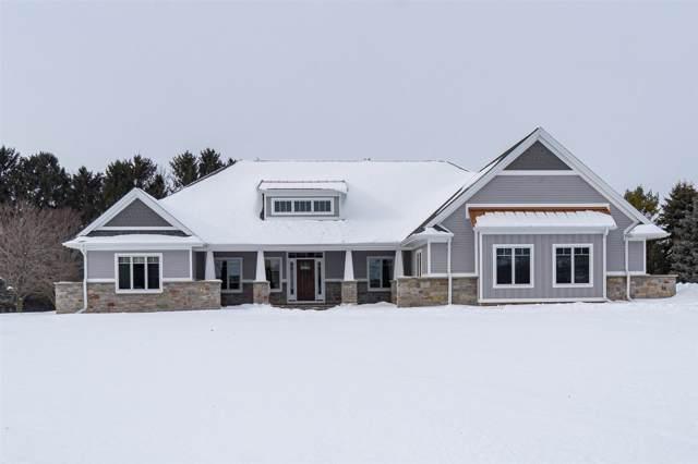 4509 Stonewood Drive, Oshkosh, WI 54902 (#50216211) :: Todd Wiese Homeselling System, Inc.
