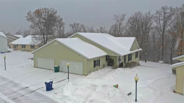 213 Vista Court, Waupaca, WI 54981 (#50216349) :: Symes Realty, LLC