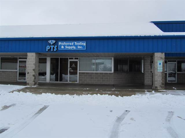 28 W Pioneer Road, Fond Du Lac, WI 54935 (#50216601) :: Todd Wiese Homeselling System, Inc.