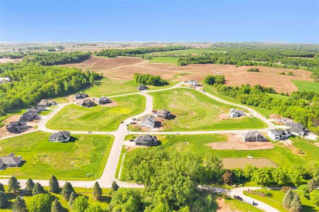 4616 Grande Ridge Drive, De Pere, WI 54115 (#50216729) :: Symes Realty, LLC