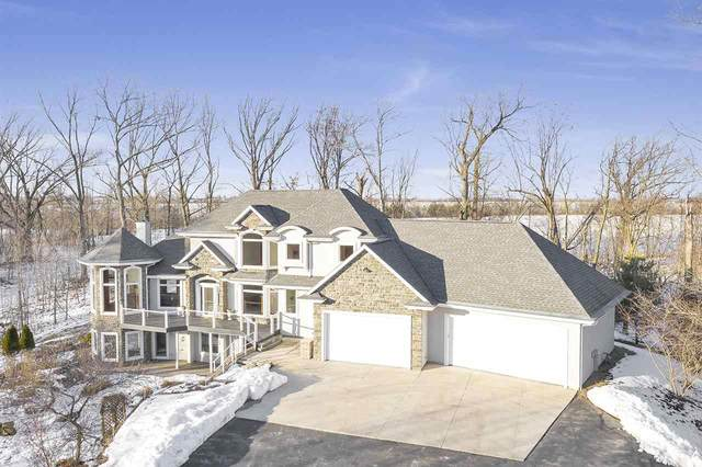 2462 Amos Mary Court, De Pere, WI 54115 (#50216756) :: Symes Realty, LLC