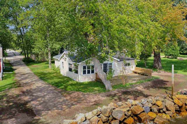 3096 Windross Lane, Little Suamico, WI 54141 (#50216782) :: Symes Realty, LLC
