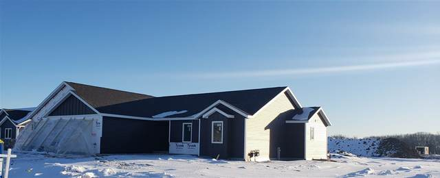 N5965 Westhaven Drive, Fond Du Lac, WI 54937 (#50217044) :: Todd Wiese Homeselling System, Inc.