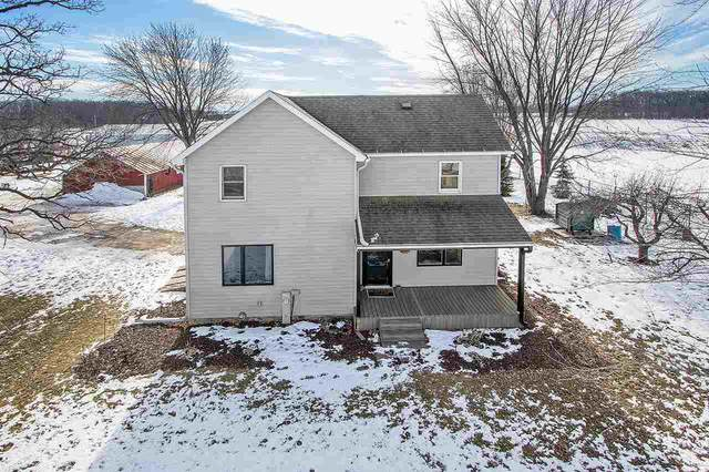 W1327 Center Road, Brillion, WI 54110 (#50217064) :: Todd Wiese Homeselling System, Inc.