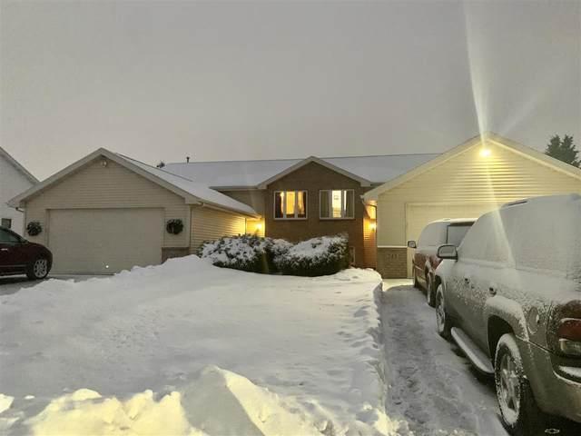 N243 Eastowne Lane, Appleton, WI 54915 (#50217168) :: Todd Wiese Homeselling System, Inc.
