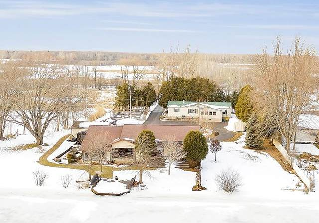 1661 Harbor Road, Oconto, WI 54153 (#50217251) :: Symes Realty, LLC