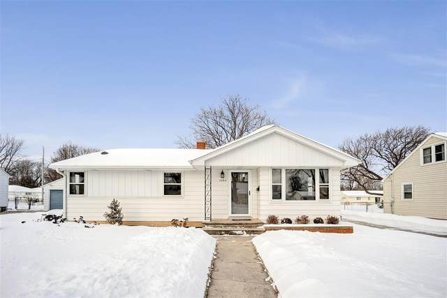 1204 Thorndale Street, Green Bay, WI 54304 (#50217358) :: Symes Realty, LLC