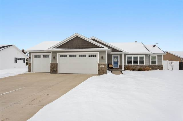 1259 Lori Drive, Neenah, WI 54956 (#50217485) :: Todd Wiese Homeselling System, Inc.