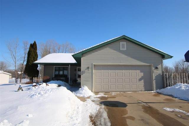 1366 Willow Springs Road, Oshkosh, WI 54904 (#50217682) :: Todd Wiese Homeselling System, Inc.