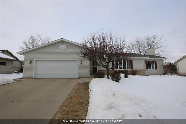 1002 Carriage Lane, Fond Du Lac, WI 54935 (#50217798) :: Symes Realty, LLC