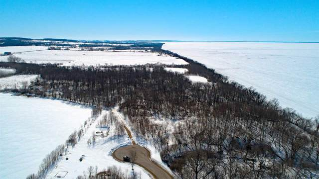 Twilight Beach Road, Chilton, WI 53014 (#50217852) :: Todd Wiese Homeselling System, Inc.