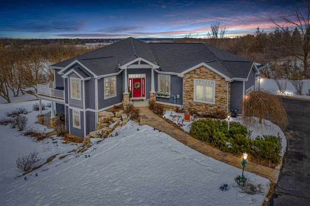 N5583 Glacier Court, Fond Du Lac, WI 54937 (#50218054) :: Todd Wiese Homeselling System, Inc.