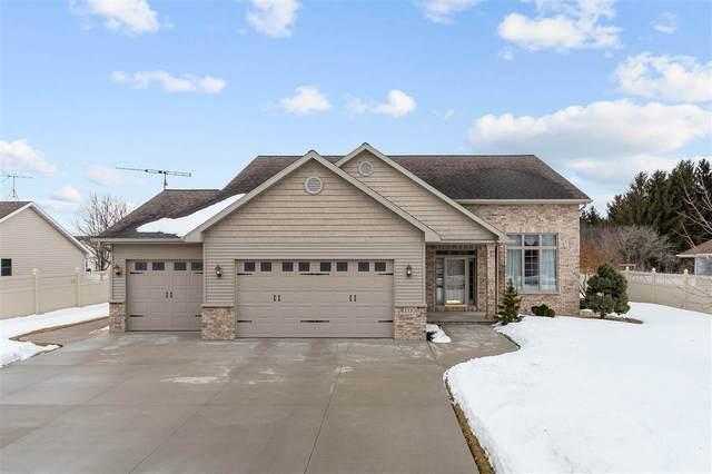 1320 Whispering Pines Lane, Neenah, WI 54956 (#50218119) :: Todd Wiese Homeselling System, Inc.