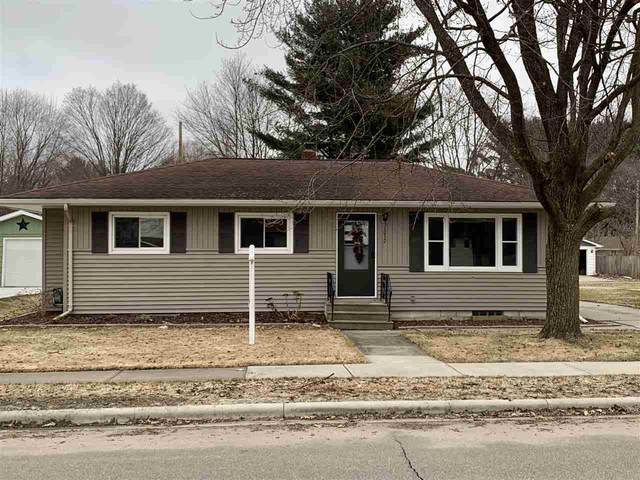 1032 S Cleveland Street, Shawano, WI 54166 (#50218155) :: Todd Wiese Homeselling System, Inc.