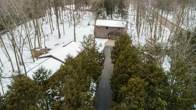 N5881 Birchwood Circle, Luxemburg, WI 54217 (#50218195) :: Todd Wiese Homeselling System, Inc.