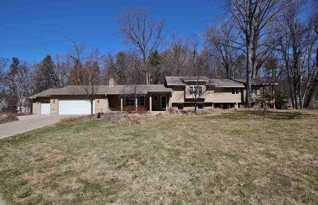 330 Swiss Hill Drive, Green Bay, WI 54302 (#50218278) :: Todd Wiese Homeselling System, Inc.