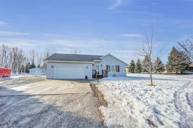 3910 Algoma Road, New Franken, WI 54217 (#50218428) :: Todd Wiese Homeselling System, Inc.