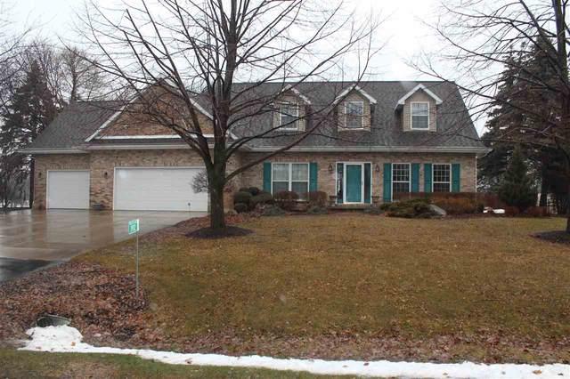 2932 Ridgeway Drive, Neenah, WI 54956 (#50218628) :: Todd Wiese Homeselling System, Inc.