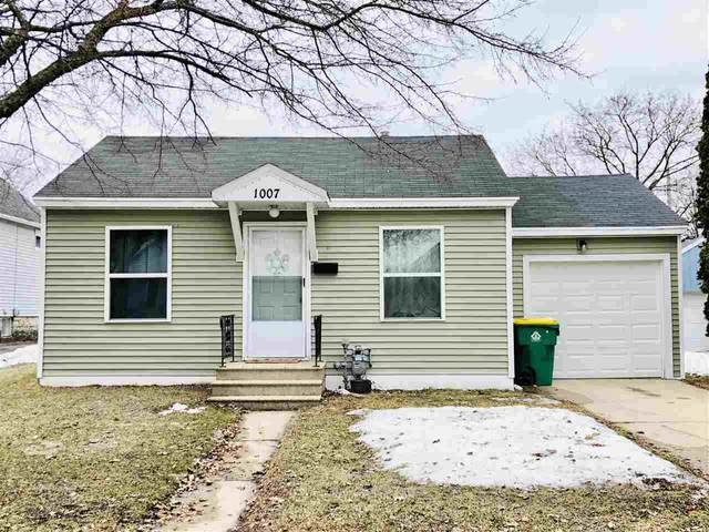 1007 Lincoln Street, Green Bay, WI 54303 (#50218669) :: Todd Wiese Homeselling System, Inc.