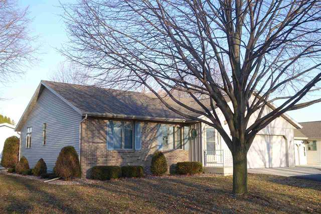 476 Southwind Lane, Fond Du Lac, WI 54935 (#50218806) :: Todd Wiese Homeselling System, Inc.