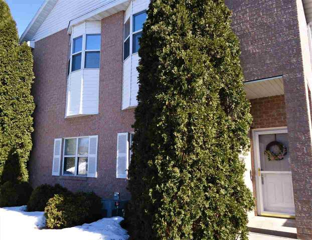 820 Libal Street #13, De Pere, WI 54115 (#50218872) :: Todd Wiese Homeselling System, Inc.