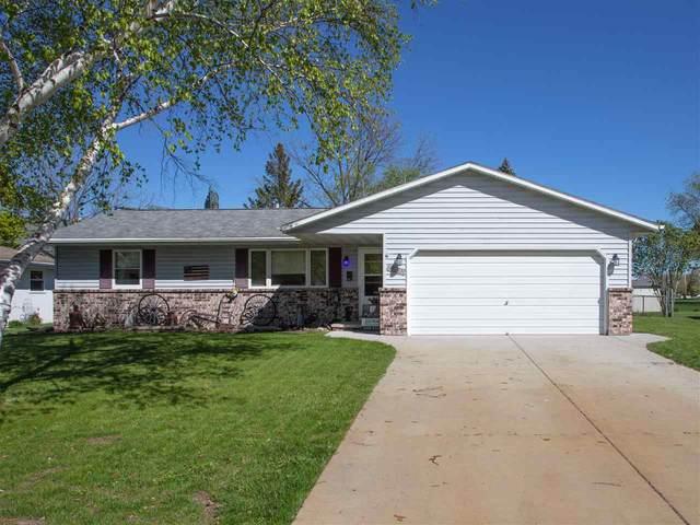 2021 True Lane, Green Bay, WI 54304 (#50218878) :: Carolyn Stark Real Estate Team