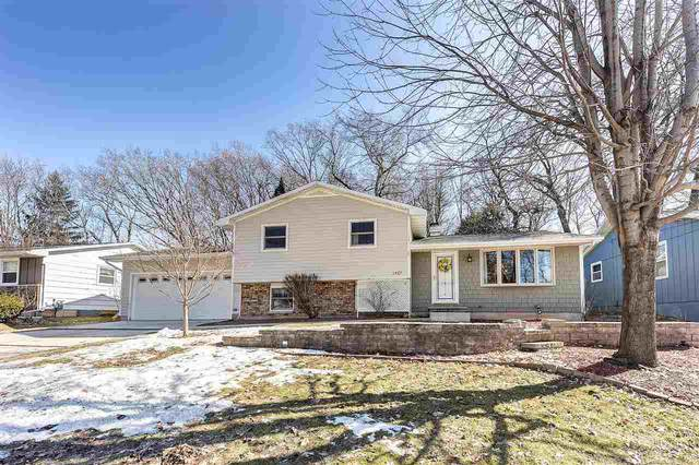 1427 Baumgart Road, Green Bay, WI 54304 (#50218891) :: Todd Wiese Homeselling System, Inc.