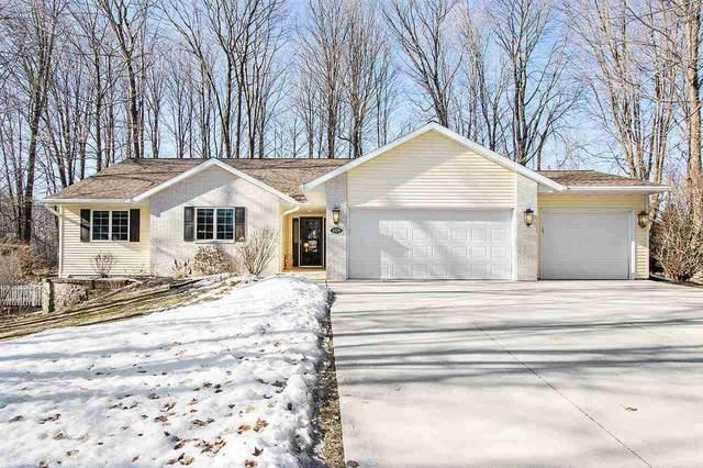 209 Memory Lane, Francis Creek, WI 54214 (#50219121) :: Todd Wiese Homeselling System, Inc.