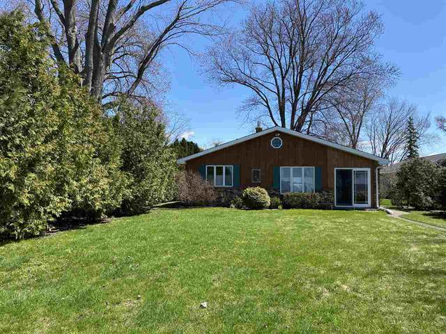 N7508 Sandy Beach Road, Fond Du Lac, WI 54935 (#50219162) :: Dallaire Realty