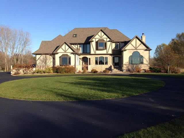 1532 S Park Avenue, Neenah, WI 54956 (#50219594) :: Dallaire Realty
