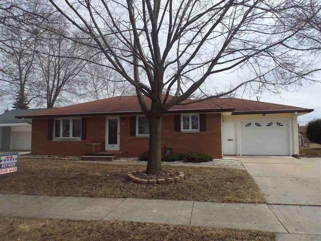 1523 Pilgrim Street, Green Bay, WI 54304 (#50219637) :: Symes Realty, LLC