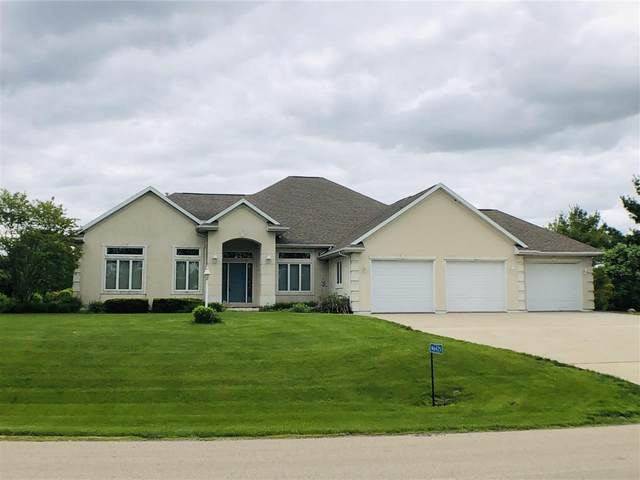 N6425 Bahr Estates Drive, Cecil, WI 54111 (#50219767) :: Todd Wiese Homeselling System, Inc.