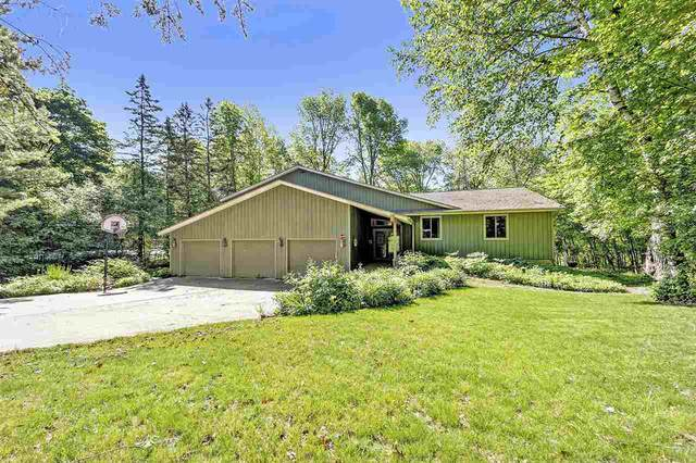 4443 Indian Trail, Hobart, WI 54313 (#50219902) :: Todd Wiese Homeselling System, Inc.