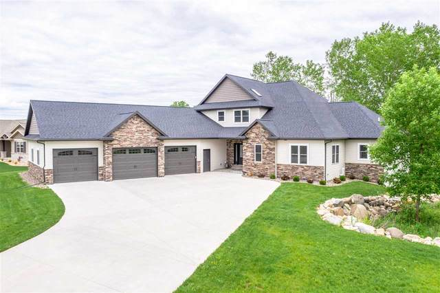 1094 Dogwood Trail, Neenah, WI 54956 (#50219975) :: Todd Wiese Homeselling System, Inc.
