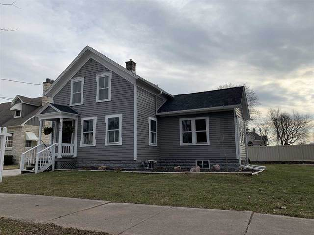 112 N Lafayette Street, Shawano, WI 54166 (#50220003) :: Todd Wiese Homeselling System, Inc.