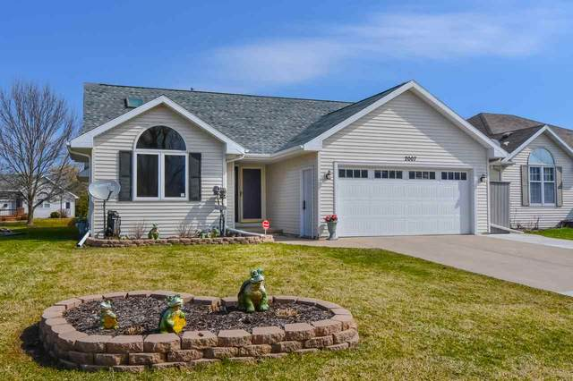 2007 Bark River Court, De Pere, WI 54115 (#50220008) :: Todd Wiese Homeselling System, Inc.