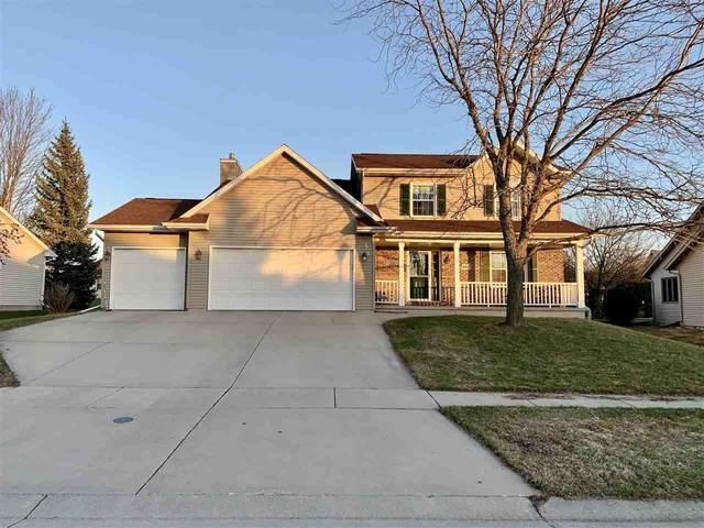 485 Austin Lane, Fond Du Lac, WI 54935 (#50220169) :: Todd Wiese Homeselling System, Inc.