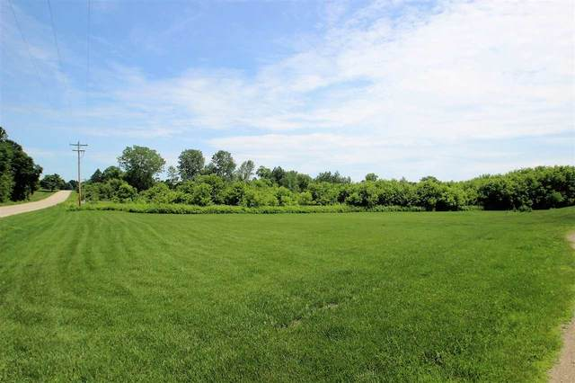 South Chase Road, Pulaski, WI 54162 (#50220423) :: Symes Realty, LLC