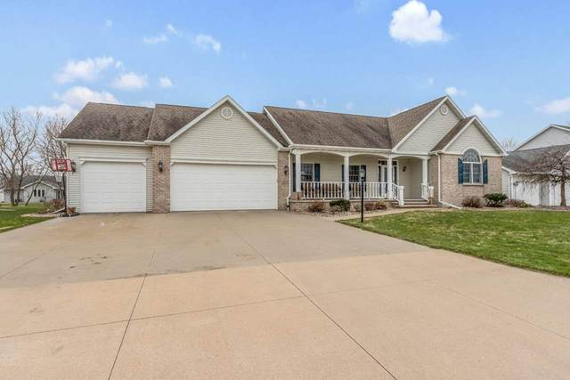 1314 Spike Court, Neenah, WI 54956 (#50220898) :: Todd Wiese Homeselling System, Inc.