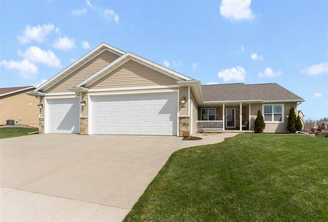334 Albert Way, Appleton, WI 54915 (#50221070) :: Todd Wiese Homeselling System, Inc.